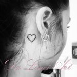 #hearttattoo #tattooheart #smalltattoo #tattoowoman #dalinciart #zwijndrecht #tattooshop #tattoo #tattoos #inked